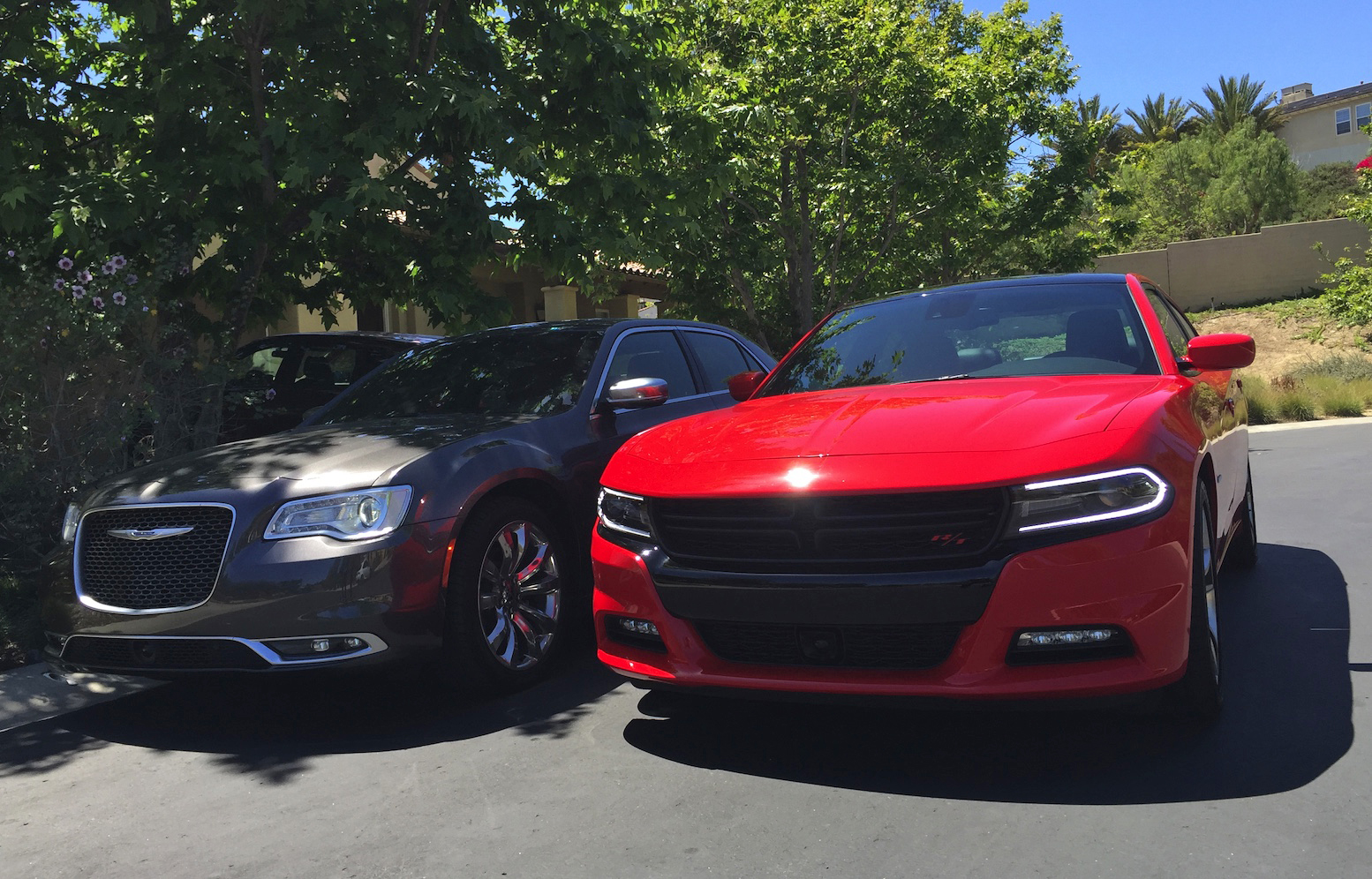 CAR WARS Chrysler 300c vs Dodge Charger Which Car Has The