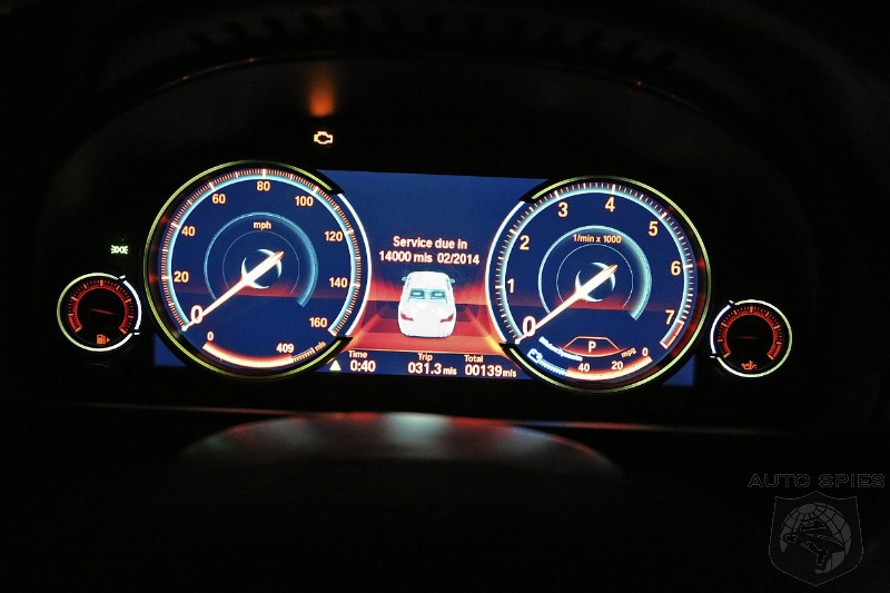 The All New Fully Digital Dash Display On The 2013 BMW 7
