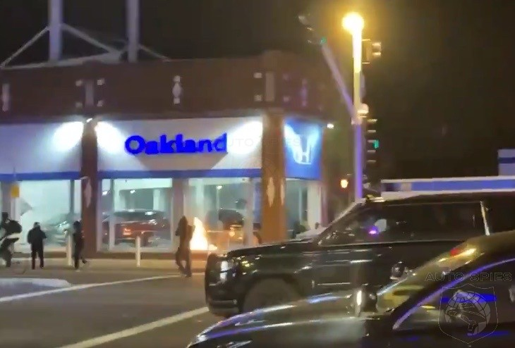 WHY THO? MORE Car Dealerships Being BURNED During Riots. This Time, OAKLAND Gets RAIDED!