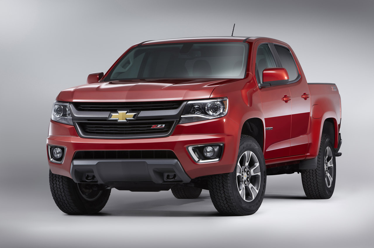 La Auto Show Chevrolet Challenges Tacoma And Frontier With