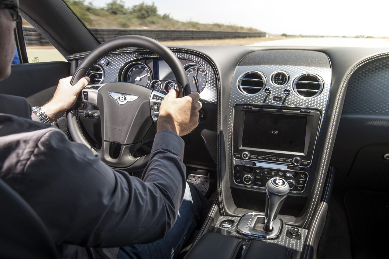 bentley shakes up the luxury segment with the 2013 continental gt rh autospies com Bentley Mulsanne Bentley Continental Interior