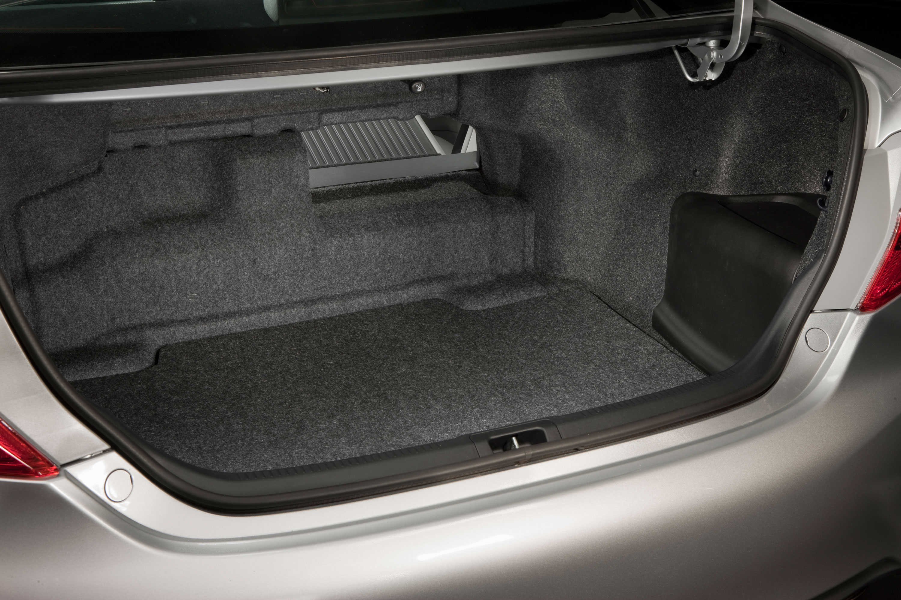 stud or dud toyota presents the 2012 camry to the world autospies auto news. Black Bedroom Furniture Sets. Home Design Ideas