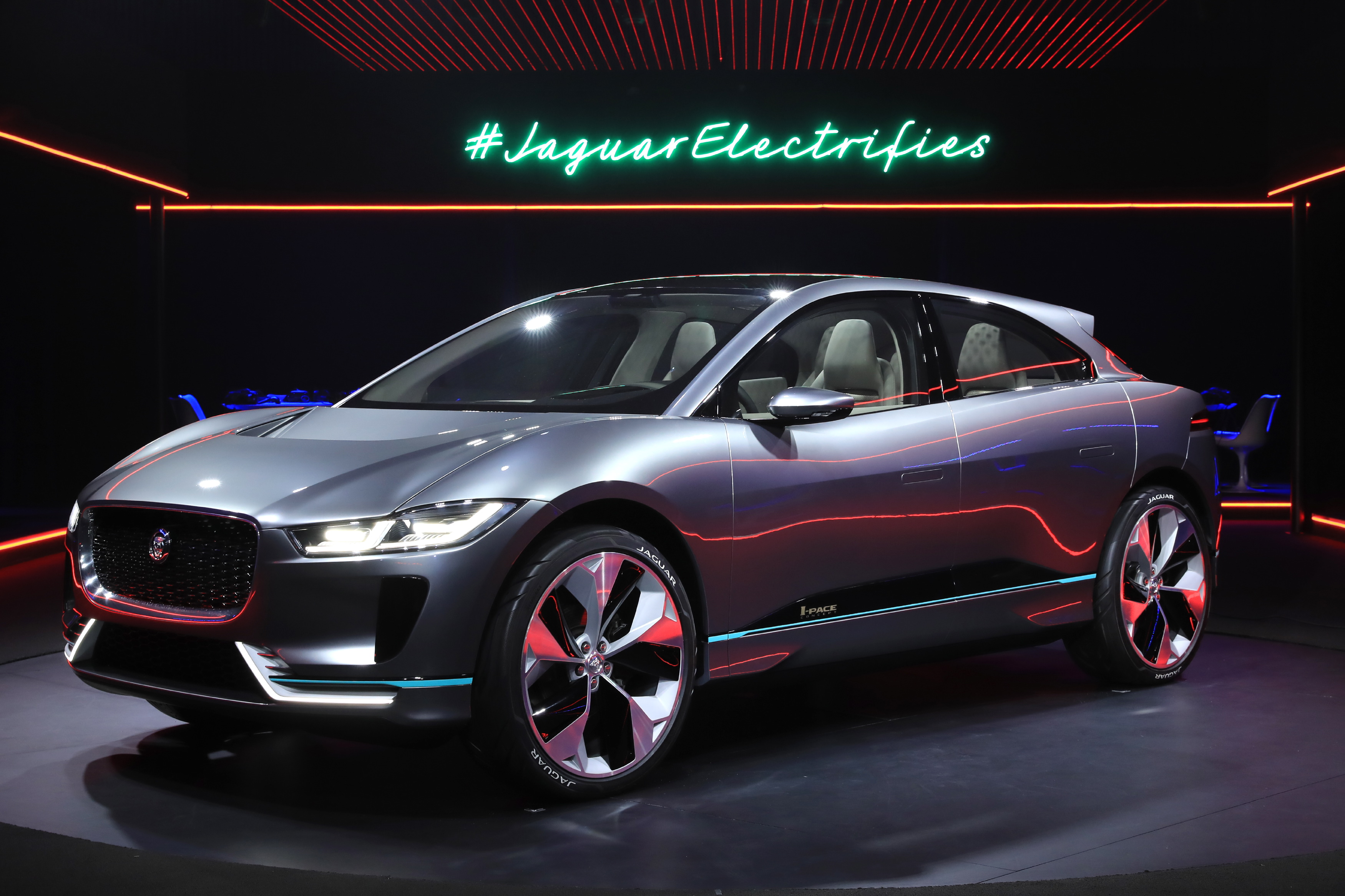 i jaguar los the electric pace concept s crossover future live new angeles is ipace brand photos dealership