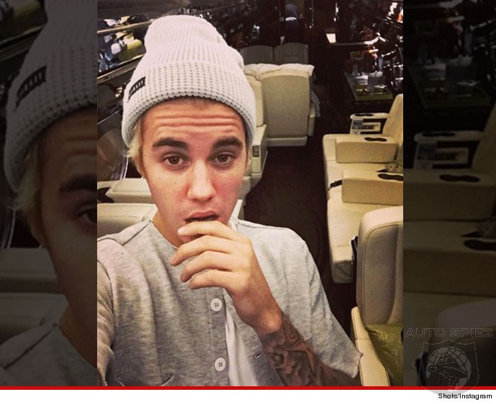 Santa Shuns New Car For Justin Bieber This Year - Delivers $200M Jet Instead