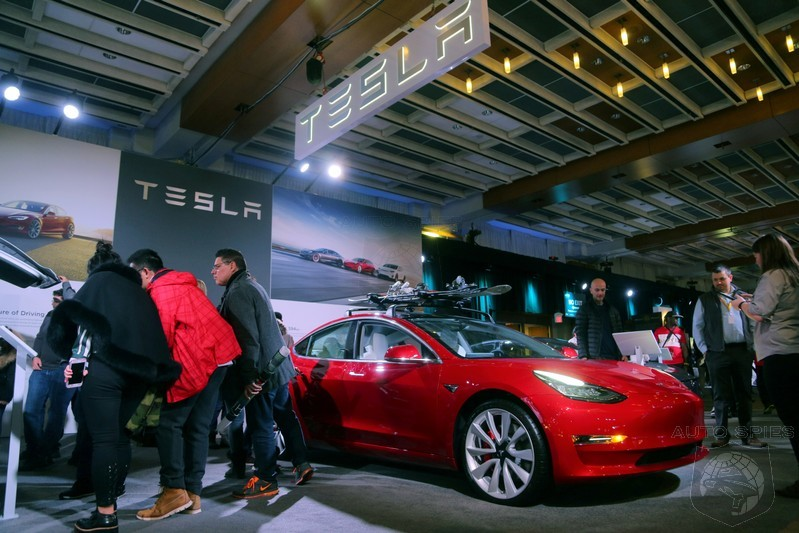 Chinese Tesla Owners To Help Factory Deliver New Vehicles During Surge Of Deliveries