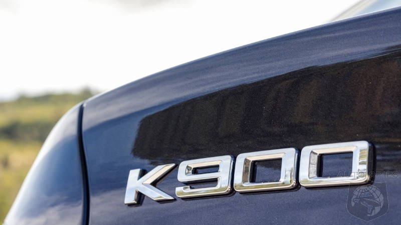 DRIVEN: Kia K900 A Top Shelf Car For Those That Wouldn't Be Caught Dead In A Upmarket Brand?