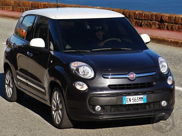 too much of an ugly duckling fiat 500l production halted due to slow sales autospies auto news. Black Bedroom Furniture Sets. Home Design Ideas