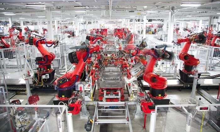 Factory Workers At Tesla Are Dropping Like Flies As Work Load Increases