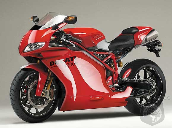 Ducati Panigale 1200cc >> Mercedes-AMG Buying Superbike Manufacturer Ducati ...