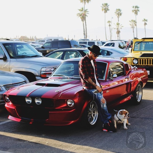 F1 World Champion Lewis Hamilton Tweets Himself With His Favorite American Car - A Classic Shelby GT500