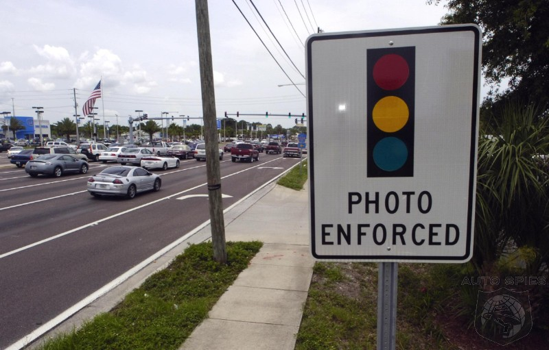 New Mexico Outlaws Red Light And Speeding Cameras