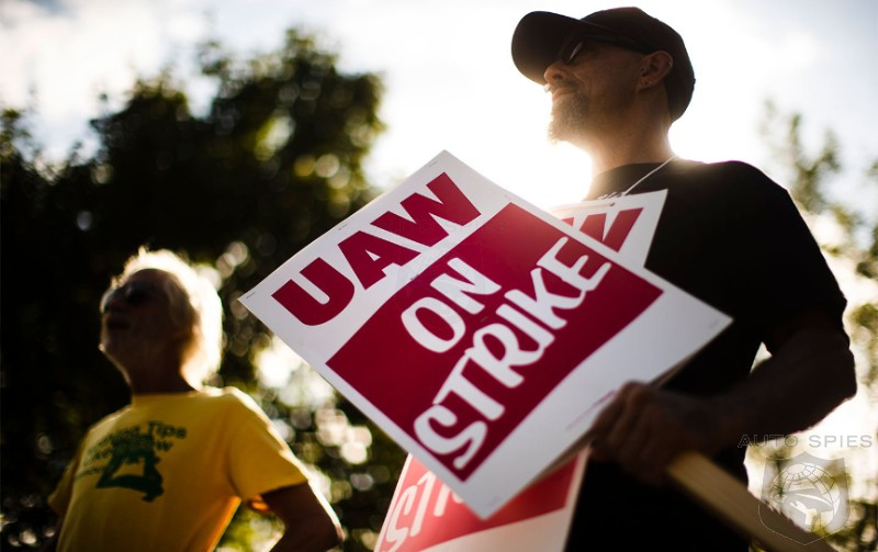 UAW Wins Restraining Order Against Detroit Police Over Picketing Detroit Auto Show