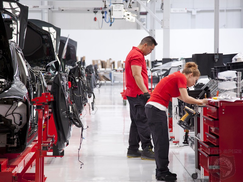 Elon Musk Goes To Tesla Factory To See If Union Claims Are True