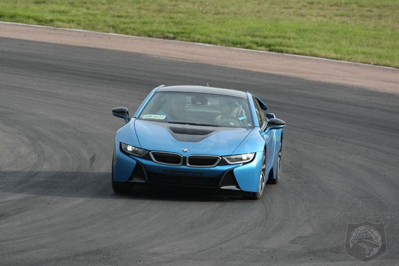 VIDEO BMW Owner Wastes No Time Tearing Up The Track In His New i8