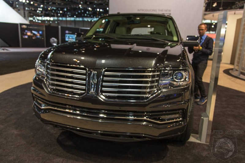 CHICAGO AUTO SHOW: Is The 2015 Lincoln Navigator Sporting A Face ONLY A Mother Could Love?