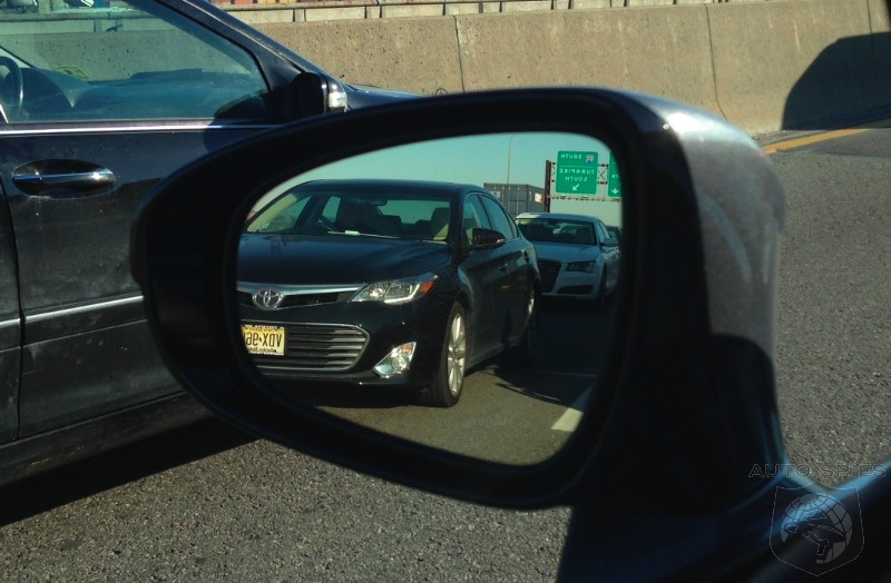 SPOTTED For The FIRST Time On The Road — Toyota's All-New Avalon Makes Its FIRST Appearance