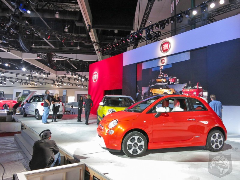 LA AUTO SHOW: EXCLUSIVE Shots From The Floor - FIRST Shots Of Fiat's 500L