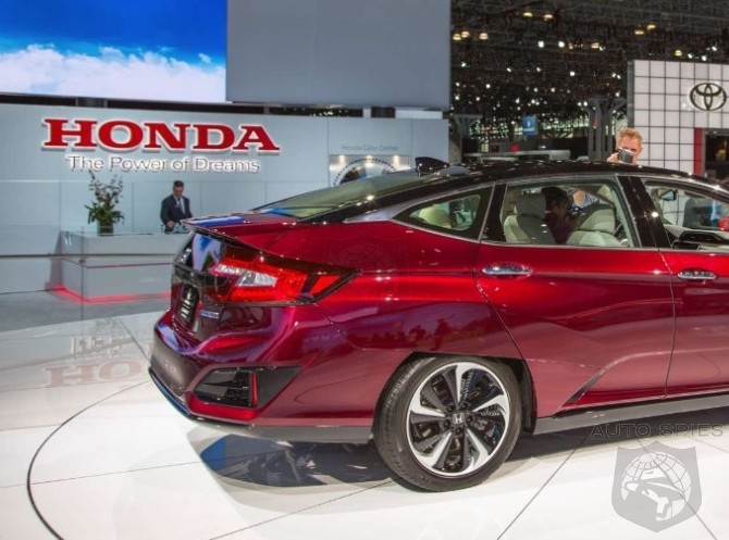 #NYIAS: Thumbs UP or DOWN? We Take A REAL-LIFE Look At The All-New Honda Clarity