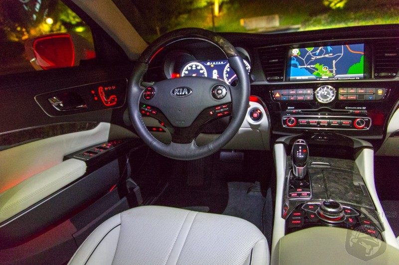 FIRST Night Photos Of The All-New 2015 Kia K900
