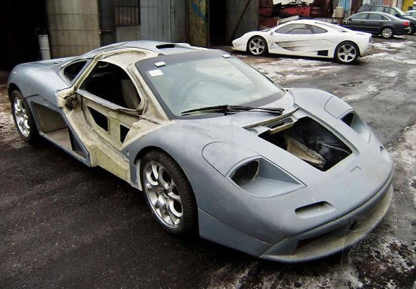 Video The Difference Between A Good Mclaren F1 Replica