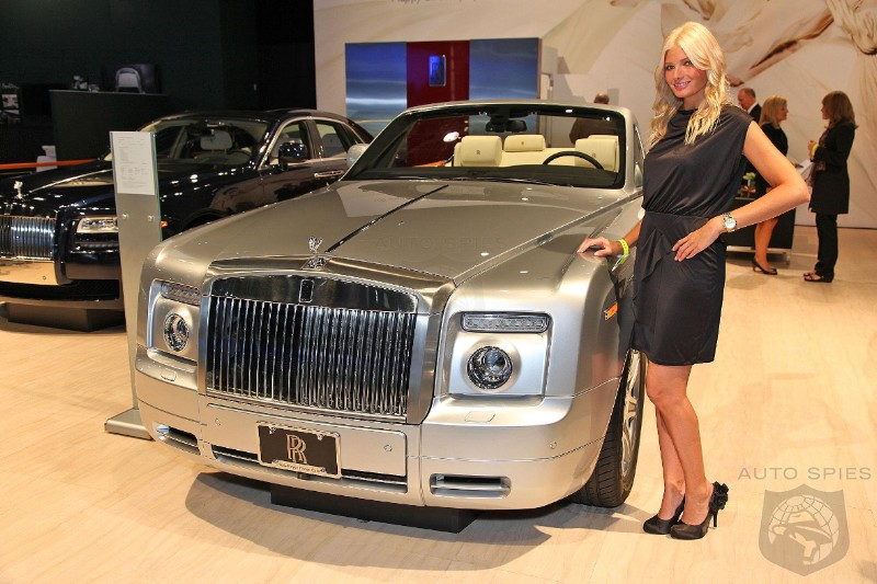 NEW YORK AUTO SHOW: The Lovely Ladies Of New York Come Out To Play