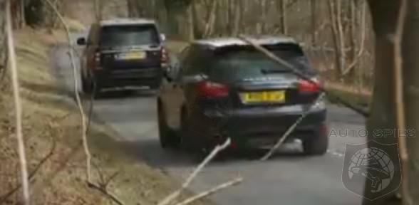 CAR WARS! The Rematch: Range Rover Faces Porsche's Cayenne Turbo OFF ROAD
