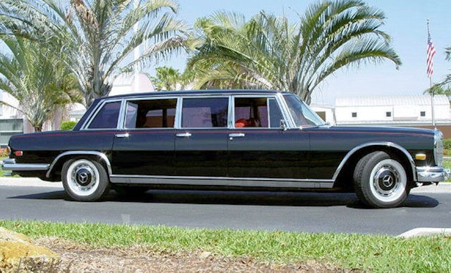 Image%204%20 %201971%20Mercedes%20Benz%20600%20Pullman%20Side%20View