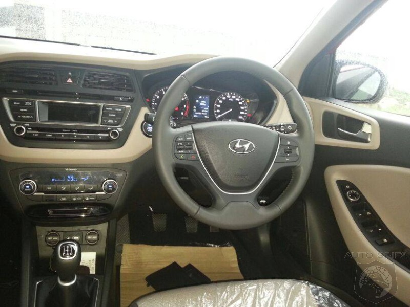 All new second gen 2015 hyundai i20 interior leaks out for Hyundai i20 2015 interior