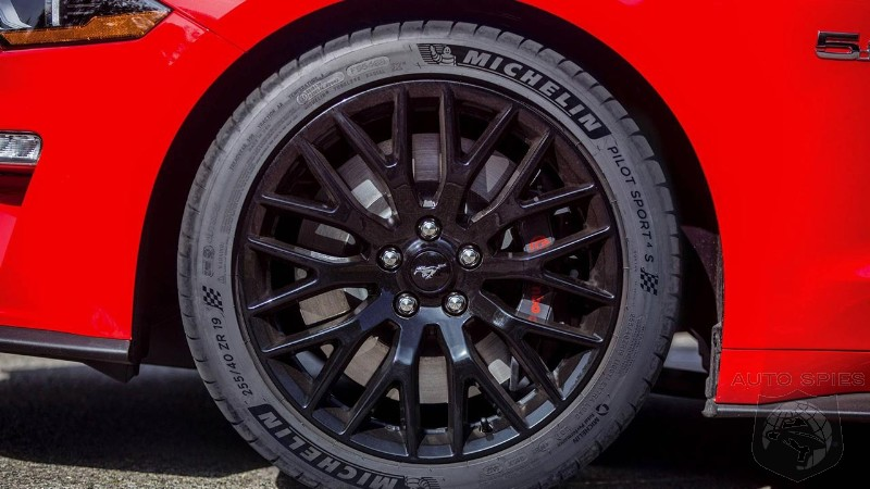 2018 Ford Mustang GT comes with Michelin Pilot Sport 4S tires as standard