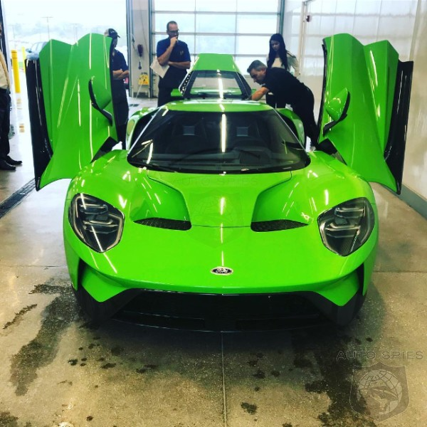 2017 Ford GT gets a special Verde Mantis finish