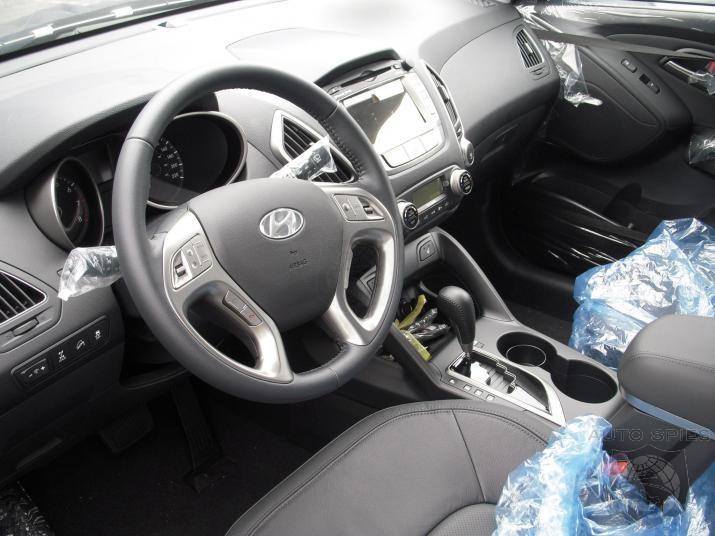Hyundai Tucson 2011 Interior. 2011 Tucson interior image