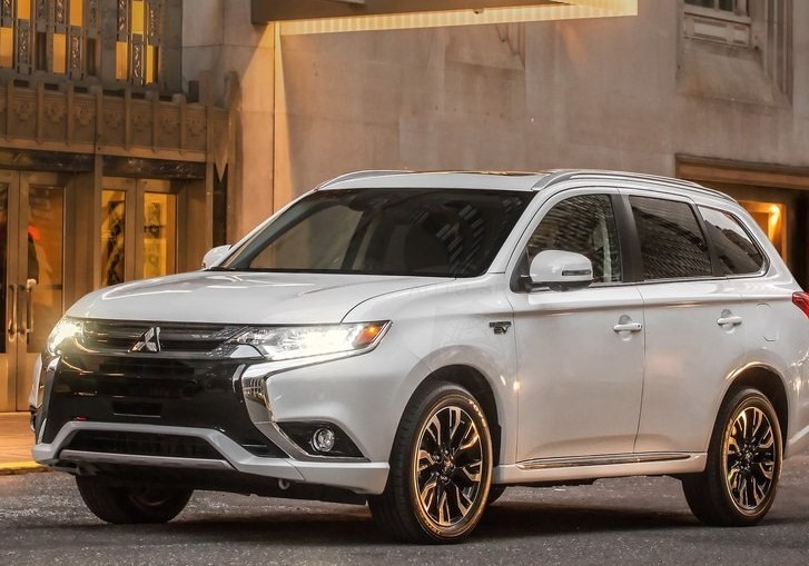 2018 mitsubishi outlander interior. interesting 2018 rumors 2018 mitsubishi outlander phev intended mitsubishi outlander interior